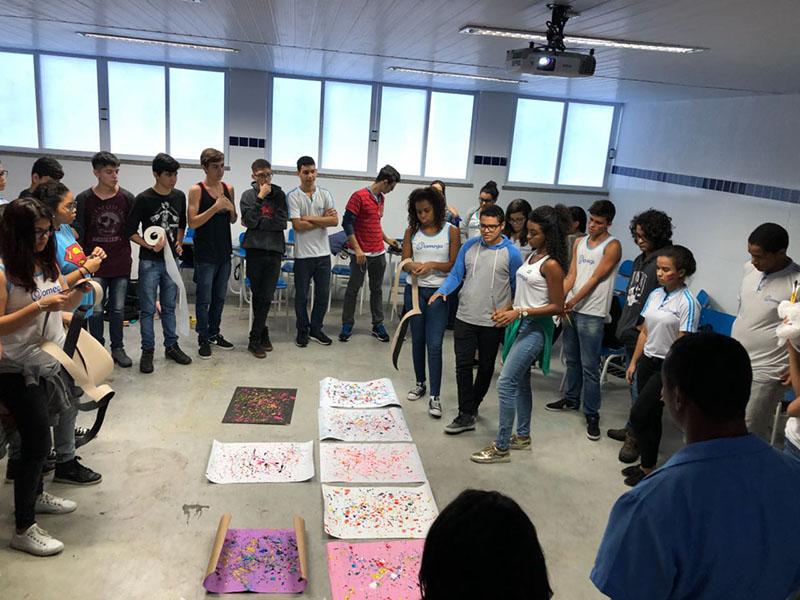 Aula de Artes – 2ª Série EM